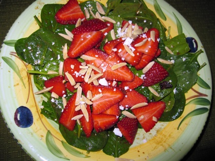 spinach salad with strawberries.jpg